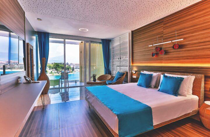Hotel Kumbor:  Sea-View Family Room