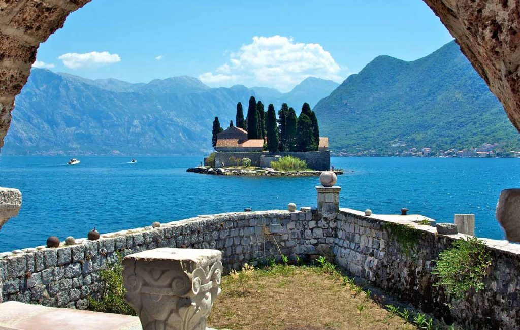 Montenegro history and heritage (whole day)
